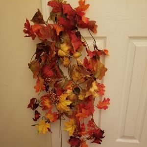 Fall Leaves Garland Holiday Decor